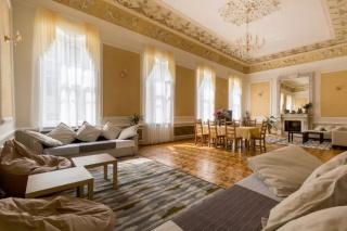 аренда 2-комнатной квартиры с классическим дизайном С-Петербург