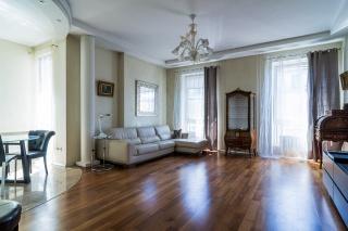 аренда элитных квартир в новых домах в центре С-Петербург