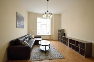 аренда видовой светлой 2-комнатной квартиры в самом центре С-Петербурга