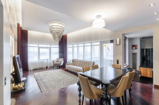 стильная 5-комнатная квартира в аренду в элитном доме С-Петербург