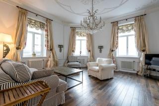 аренда 4-комнатной квартиры наб.реки Мойки д. 32 Санкт-Петербург