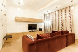 арендовать роскошную 3-комнатную квартиру Петроградский р-н С-Петербург