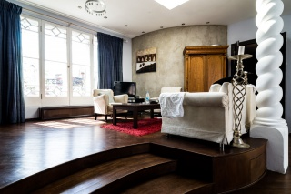 арендовать 3-комнатную квартиру с террасой и балконом в центре С-Петербург