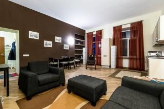 снять 3-комнатную квартиру в самом центре С-Петербурга