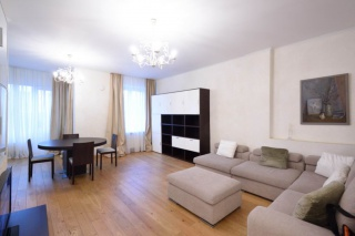 сниму дизайнерскую 2-комнатную квартиру в центре С-Петербурга