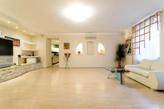 арендовать дизайнерскую квартиру в Центральном районе С-Петербург