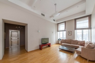 снять 3-комнатную квартиру в центре С-Петербурга