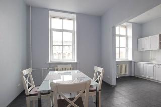 арендовать элитную 3-комнатную квартиру в центре Санкт-Петербурга