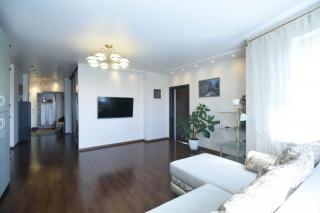 аренда недвижимости с балконом и паркингом Московский район С-Петербург