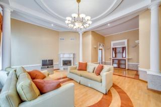 современная квартира в аренду в историческом центре С-Петербурга