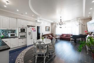 снять 4-комнатную квартиру в Центральном районе Санкт-Петербург