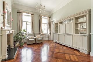 арендовать 3-комнатную квартиру в Центральном районе С-Петербурга