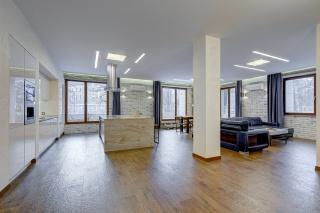 арендовать 3-комнатную квартиру в элитном ЖК СПБ