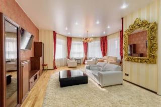 арендовать авторскую квартиру в центре С-Петербурга