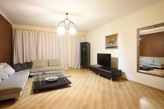 арендовать 3-комнатную квартиру в центре Санкт-Петербурга