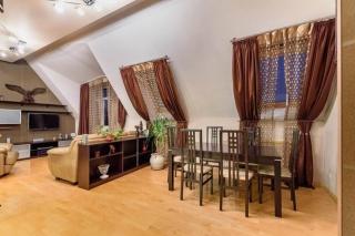 сниму 2-комнатную квартиру на Исполкомской улице Санкт-Петербурга