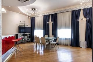 Аренда дизайнерской 3-комнатной квартиры на Невском пр. 23 Санкт-Петербург