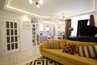 сниму 3-комнатную квартиру на  Туристской улице Санкт-Петербург