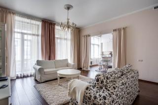 аренда 4-комнатной квартиры Вязовая ул. 10 Санкт-Петербург