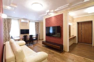 аренда 4-комнатной квартиры на Невском пр. 22-24 Санкт-Петербург