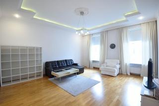 аренда современной 3-комнатной квартиры на Большой Конюшенной ул. 14 Санкт-Петербург