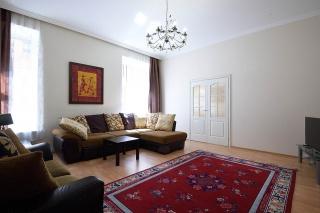 аренда 3-комнатной квартиры Волынский пер. 8 Санкт-Петербург