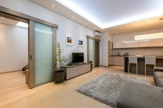 аренда 3-комнатной квартиры с паркингом С-Петербург