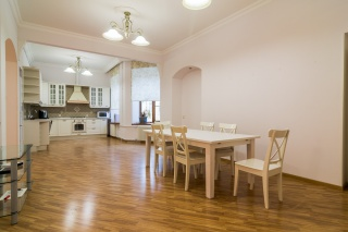 элитная 6-комнатная квартира в аренду С-Петербург